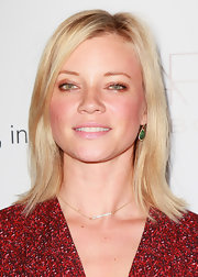 Amy Smart's cool layered cut looked super cute and casual at the 2nd Annual Autumn Party/