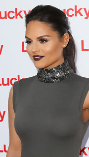Pia Toscano rocked the deep plum lip while on the red carpet at the Lucky FABB West opening night cocktail party.
