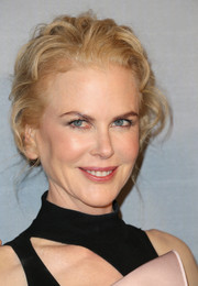 Nicole Kidman styled her hair into a curly updo for the InStyle Awards.