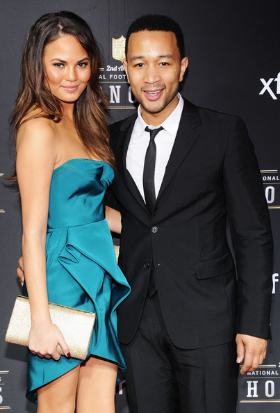 More Pics of Chrissy Teigen Strapless Dress (1 of 7) - Dresses & Skirts Lookbook - StyleBistro