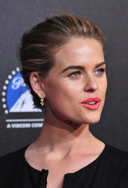 Alice Eve attended the Rebels with a Cause Gala wearing her hair in a simple yet sophisticated bun.