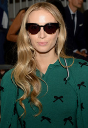 Harley Viera-Newton looked charming with her long waves at the 3.1 Phillip Lim fashion show.