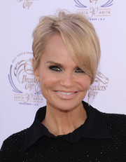 Kristin Chenoweth rocked a trendy short 'do at the Songs in the Saddle: The Infield Music Fest.