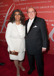 Aretha Franklin kept it classic with a white skirt suit when she attended the Annual Night of Stars.