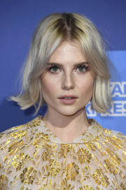 Lucy Boynton looked adorable with her flipped bob at the 2019 Palm Springs International Film Festival Awards Gala.
