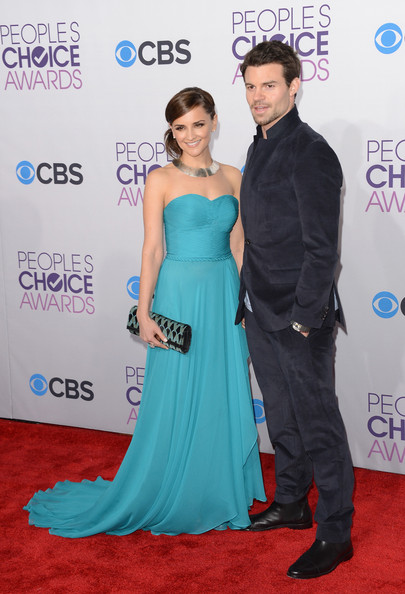 More Pics of Rachael Leigh Cook Strapless Dress (1 of 27) - Rachael Leigh Cook Lookbook - StyleBistro