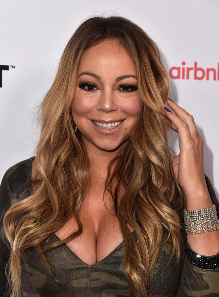 Mariah Carey rocked mermaid waves at the Airbnb Open Spotlight event.