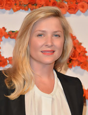 Jessica Capshaw's blonde locks fell effortlessly into long, lovely layers.