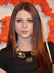 We just love Michelle Trachtenberg's sleek and straight auburn locks.