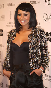 Ms. Keri Hilson looked amazing at the Women in Hollywood Luncheon. Her  braided pinned back bangs were the ultimate accessory to her beaded cropped jacket.