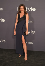 Cindy Crawford donned a two-tone cowl-neck gown by Versace for the 2017 InStyle Awards.