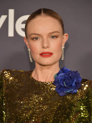 Kate Bosworth styled her hair into a center-parted, twisted bun for the 2017 InStyle Awards.
