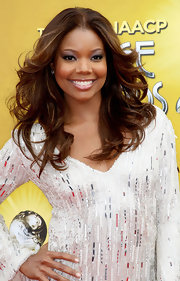 Gabrielle Union showed off her brunette curls while hitting the NAACP Awards.