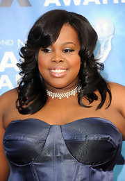 Amber Riley paired her corset dress with a diamond collar neckalce.