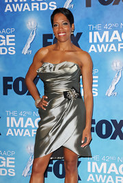 Regina King was a chic head turner at the NAACP Image Awards in a shimmery silver strapless dress with a bejeweled waist.