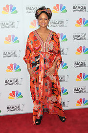 Tonya Lee Williams looked vibrant in this multicolored kaftan at the NAACP Image Awards.