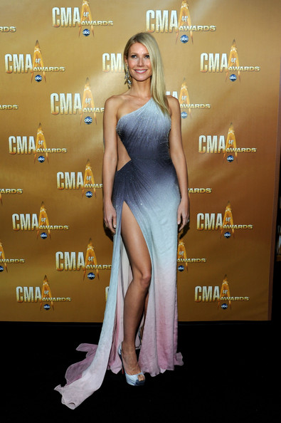 Gwyneth+Paltrow in 44th Annual CMA Awards - Arrivals
