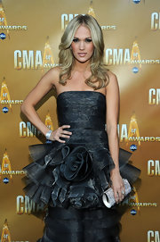 Carrie Underwood was picture perfect at the 2010 CMA Awards in a dramatic gown paired with tousled blond tresses.