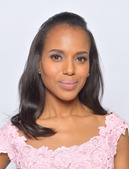 More Pics of Kerry Washington Bright Eyeshadow (2 of 9) - Bright Eyeshadow Lookbook - StyleBistro