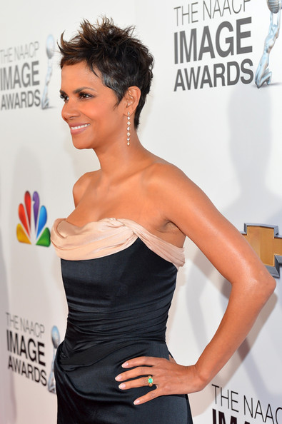 More Pics of Halle Berry Spiked Hair (6 of 39) - Short Hairstyles Lookbook - StyleBistro