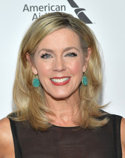 Deborah Norville looked fab with her bouncy lob at the 2018 Chaplin Award Gala.