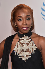 Estelle attended the NAACP Image Awards wearing her hair in a gelled bob.