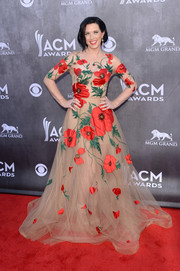 Shawna Thompson was spring goddess at the ACM Awards in this sweet floral tulle gown.