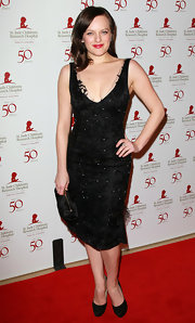 Elisabeth Moss was dazzling at the St. Jude benefit in a beaded LBD.
