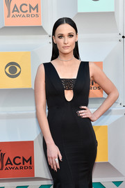 Kacey Musgraves matched her mani to her black gown.