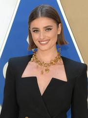Taylor Hill looked cute wearing this short 'do with a center part and flipped ends at the 2020 CMA Awards.