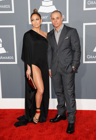 Casper Smart looked sharp and sophisticated in a deep gray suit while posing with Jennifer Lopez.