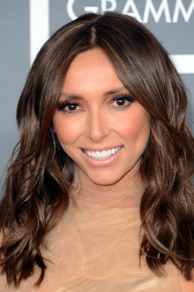 More Pics of Giuliana Rancic Long Wavy Cut (3 of 10) - Long Wavy Cut Lookbook - StyleBistro