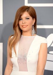Kady Z's strawberry blond waves stood out against her white gown at the 2013 Grammys.