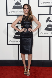 Louise Roe looked oh-so-hot at the Grammys in a Manning Cartell LBD with side cutouts.