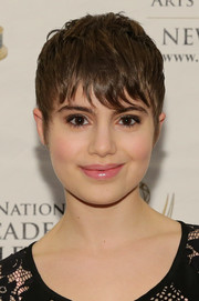 Sami Gayle kept it youthful with a subtle pink lip color.
