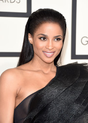 Ciara slicked her hair back in a punky, partless style for the Grammys.
