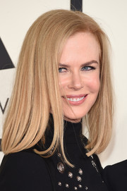 Nicole Kidman kept it simple with this mid-length bob at the Grammys.