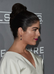 Selma Blair went retro with this braided top bun at the Baby2Baby Gala.