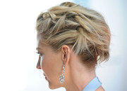 Jenna Elfman went for edgy styling with this knotted updo at the 5th Annual Celebration of Dance Gala.