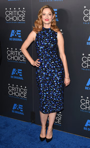 Judy Greer gleamed in a sequined sheath dress by Alice + Olivia at the Critics' Choice Television Awards.
