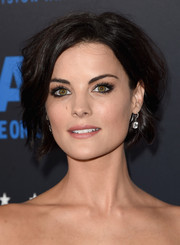 Jaimie Alexander styled her short locks with mussed-up waves for the Critics' Choice Television Awards.