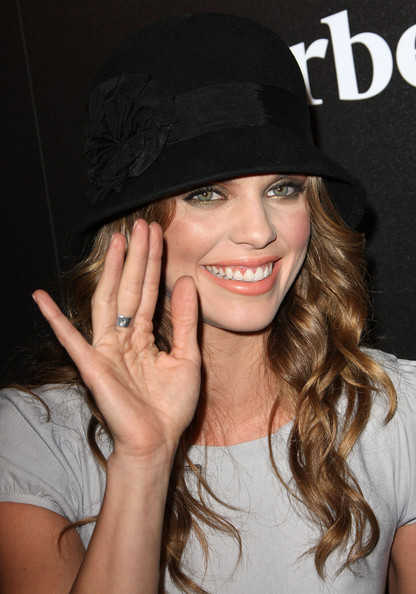 More Pics of AnnaLynne McCord Nude Lipstick (2 of 6) - AnnaLynne McCord Lookbook - StyleBistro