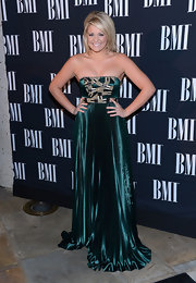 Lauren looked like an Egyptian goddess in this pleated emerald dress at the BMI Country Awards.
