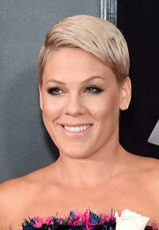 Pink attended the 2018 Grammys rocking a neat side-parted boy cut.