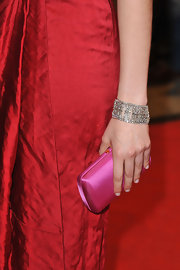 Greta Gerwig complemented her red dress with a stunning diamond cuff bracelet when she attended the Berlin Film Festival.