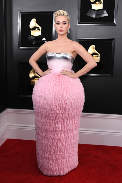 More Pics of Katy Perry Strapless Dress (3 of 9) - Dresses & Skirts Lookbook - StyleBistro [carpet,dress,red carpet,hair,clothing,gown,pink,strapless dress,flooring,fashion,carpet,dress,katy perry,grammy awards,red carpet,fashion,celebrity,hair,california,annual grammy awards,kylie jenner,61st annual grammy awards,celebrity,red carpet,fashion,red carpet fashion,model,grammy awards,e news]