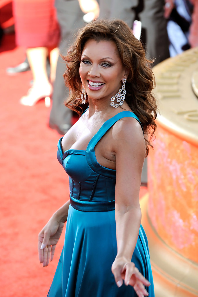 Vanessa Williams Hairstyles For Round Faces Stylebistro