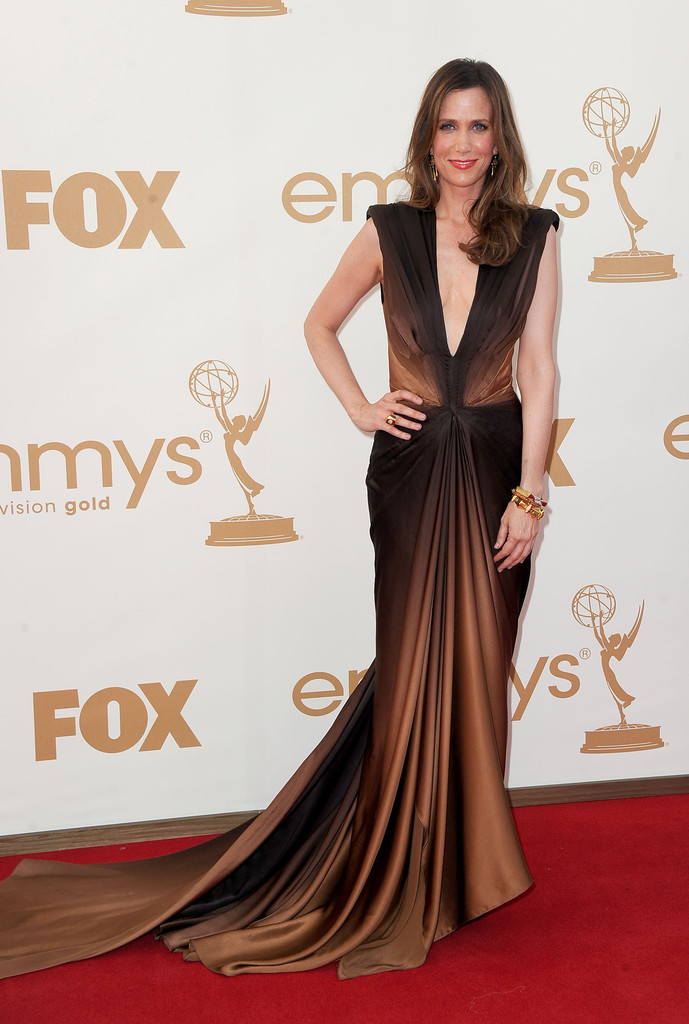 Actress Kristen Wiig arrives at the 63rd Annual Primetime Emmy Awards held at Nokia Theatre L.A. LIVE on September 18, 2011 in Los Angeles, California.