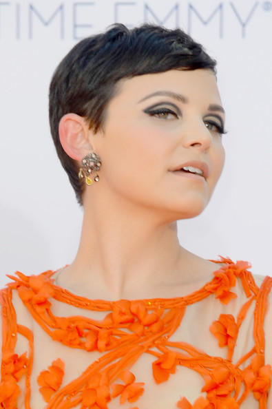More Pics of Ginnifer Goodwin Pixie (1 of 25) - Pixie Lookbook - StyleBistro
