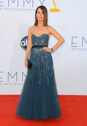Sarah looked statuesque on the red carpet in this strapless beaded blue gown.